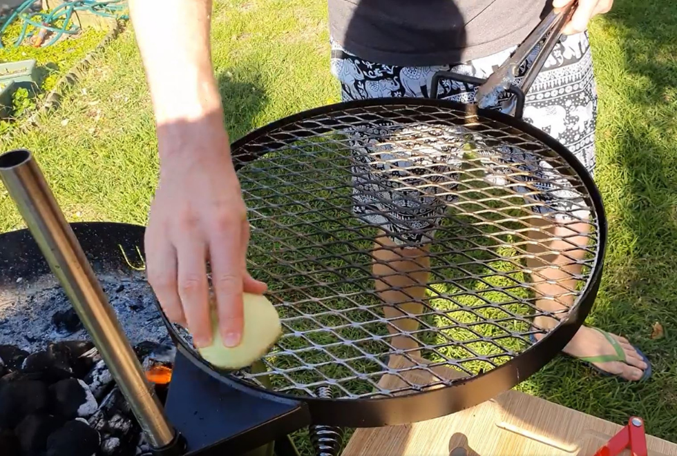 Cleaning the KUDU open fire cooking grill